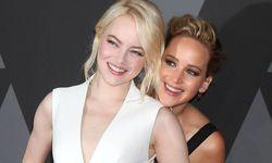 Freundinnen: Schauspielstars Emma Stone (l.) und Jennifer Lawrence / Bild: (c) imago/MediaPunch (David Edwards)