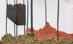 Angelika Loderer, Ausstellungsansicht, Secession 2017 / Bild: Matthias Bildstein