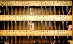 Sicherheit. Mit immer mehr Securitymaßnahmen muss die Hotellerie auf digitale Angriffe  reagieren. Ein Thema zumindest lässt sich traditionell lösen: mechanische Schlüssel für die Zimmer. / Bild: (c) Clemens Fabry