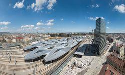 Wien. Der Hauptbahnhof ist vor allem ein Dach plus Shoppingcenter.  / Bild: (c) ÖBB/Roman Boensch