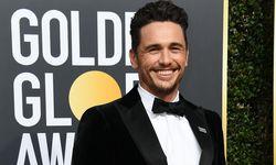 """James Franco trug am Sonntagabend bei den Golden Globes einen """"Time's Up""""-Anstecker, um Solidarität mit Opfern sexueller Gewalt zu zeigen und sexuelle Übergriffe anzuprangern. / Bild: (c) APA/AFP/VALERIE MACON (VALERIE MACON)"""