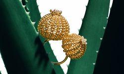 """Goldstachel. Für Freunde kostbarer Kakteen lanciert Cartier nun die Kollektion """"Cactus"""".  / Bild: (c) Beigestellt"""