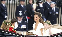 Britain´s Prince Harry and Pippa Middleton stand on the balcony of Buckingham Palace in London / Bild: (c) imago/ZUMA Press (imago stock&people)