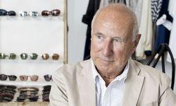 Robert La Roche hat für die Boutique Trendzeit in seinem Brillenarchiv gestöbert. / Bild: (c) Michele Pauty