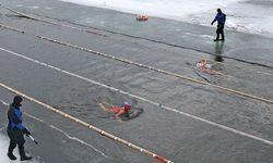 Kälteresistenzen aufbauen: beim Winterschwimm-Cup in Misk/ Belarus. / Bild: (c) REUTERS (VASILY FEDOSENKO)