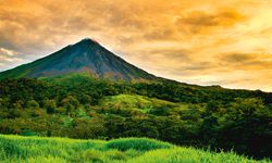 Feuer. Mehrere  Vulkane prägen  die Landesmitte Costa Ricas. / Bild: (c) www.visitcostarica.com