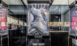"""Das Kleid """"Time Warp"""" von Flora Miranda.  / Bild: (c) Kramar/Kollektiv Fischka"""