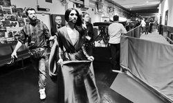 Prominent. Thomas Reinberger ist seit 2014 für Conchita Wursts Outfits zuständig.  / Bild: (c) André Karsai