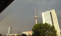 Urbaner Traum: Blick aus dem Berliner Fenster. / Bild: (c) Beigestellt
