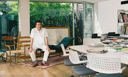 Weltmann. Antonio Citterio lebt und arbeitet in Mailand. Für internationale Kunden und Bauherren.  / Bild: (c) Wolfgang Scheppe