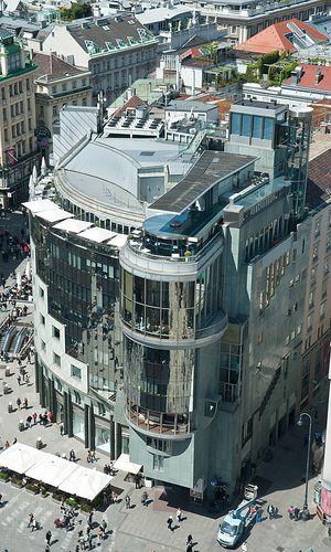 Hans Holleins Haas-Haus am Stephansplatz in Wien
