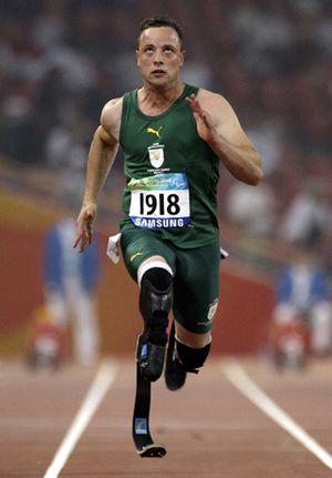 Archivbild: Pistorius bei einem 100-Meter-Vorlauf bei den Paralympics in Peking
