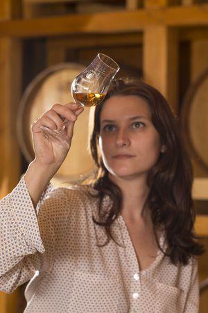 Jasmin Haider-Stadler kommt aus dem Marketing und ist erst später in die Whiskydestillerie eingestiegen.