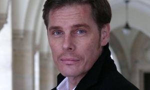 Bad Ischl. Reinhard Allessandri als Graf von Luxemburg, ein verarmter Lebemann.