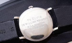 Elvis Presley erhielt die Uhr 1961 bei einer Wohltätigkeitsveranstaltung.