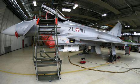 Ein Eurofighter des österreichischen Bundesheeres / Bild: APA/HARALD SCHNEIDER