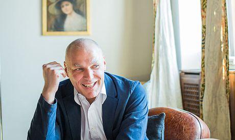 Alexander Schall im Interview.  / Bild: (c) Akos Burg