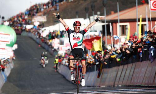 Slowene Polanc gewinnt Giro-Etappe auf dem Ätna