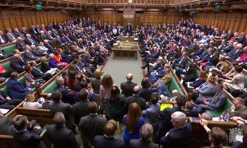 Banksy und der Brexit: Ein Parlament voller Affen