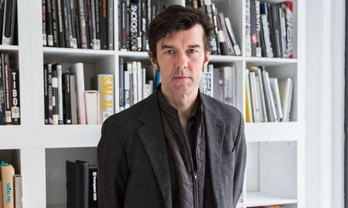 Stefan Sagmeister. Einer der Headliner, nur in Zürich und München dabei.