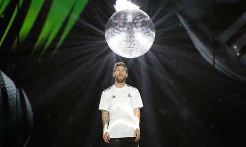 Messi-Video: Die Geburt des Zauberflohs