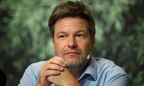 Robert Habeck über Regierungsbeteiligung der österreichischen Grünen prinzipiell sehr froh