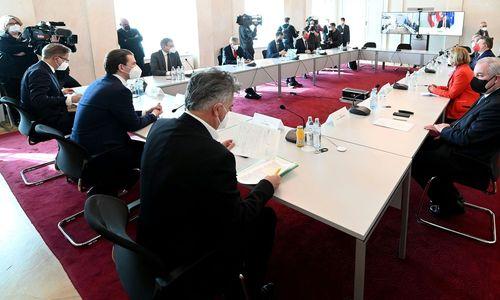 """""""Grüner Pass"""" und Bonus-Malus-System im Gespräch"""