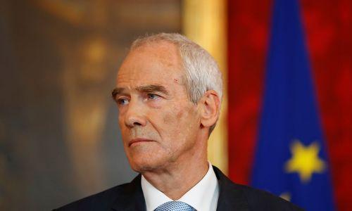 Neuer Innenminister macht letzte Amtshandlungen Kickls rückgängig