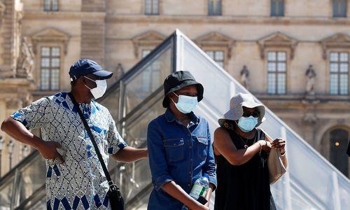 Paris führt Maskenpflicht im Freien ein