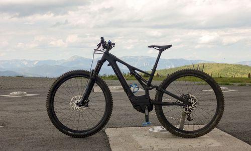 E-Mountainbike als Missing Link zwischen Muskel und Motor