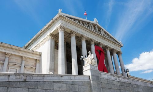 Protest: HIV-Positive werden vor Gericht diskriminiert