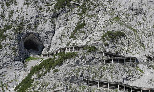 Nach Felssturz: In die Alpen besser nur noch virtuell?