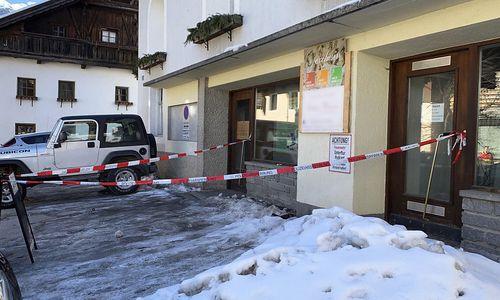71-Jähriger attackiert Ehefrau in Tiroler Ortszentrum mit Messer