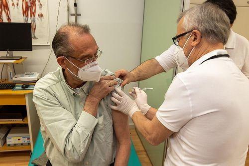 Bildungsminister Faßmann mit AstraZeneca geimpft