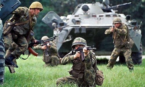 Russen bei einem früheren Manöver nahe Wladiwostok
