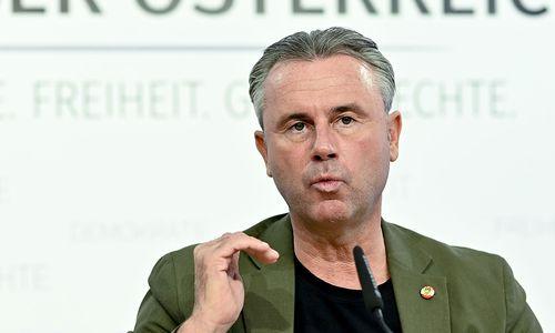"""Hofer dementiert Gerüchte über """"fliegenden Koalitionswechsel"""""""