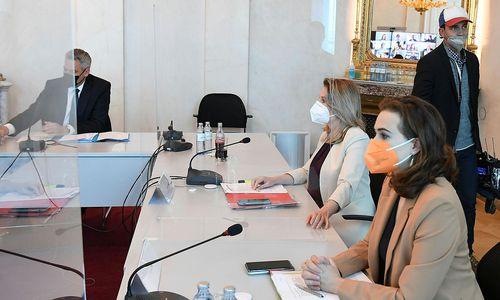 Regierung sagt knapp 25 Millionen Euro für Gewaltschutz zu