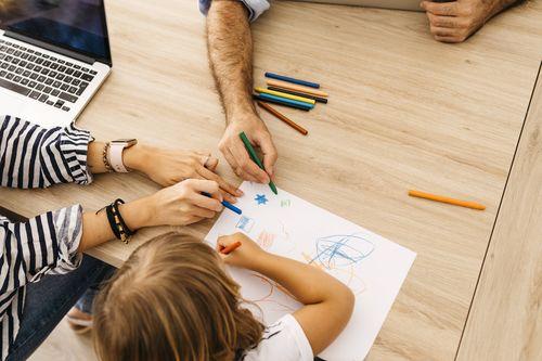 ÖGB und AK wollen Halbe-Halbe bei Teilzeit von Eltern fördern