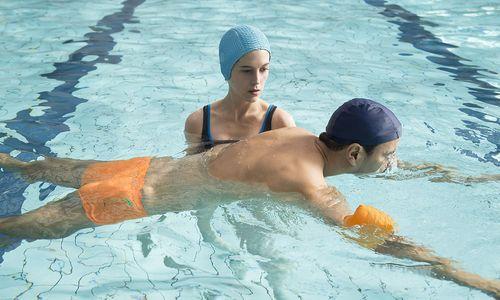 Neu im Kino: Wie man eine Schwimmlehrerin herumkriegt oder die jüngste Bürgermeisterin der Türkei wird