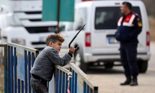 Nach Grenzöffnung der Türkei: Griechenland beendet umstrittenen Asylstopp