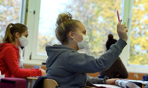 Schulen sollen am 25. Jänner öffnen - aber nicht für alle gleichzeitig