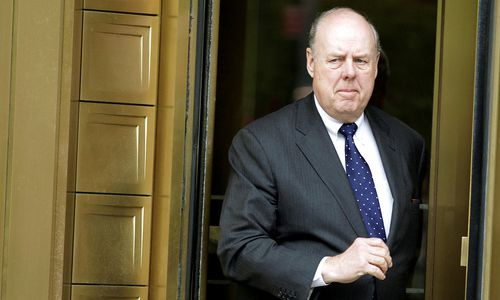 Trumps Russland-Anwalt John Dowd nimmt den Hut