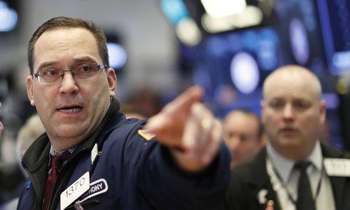 US-Börsen schließen nach Trumps Zoll-Dekret tiefrot
