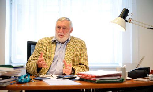 Fischler: Thomas Schmid wollte IHS-Direktor mitbestimmen