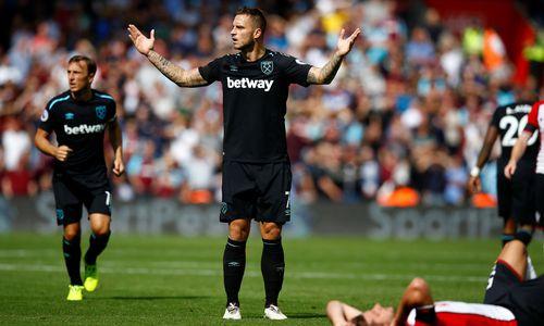 Arnautovic sieht Rot, West Ham verliert auch zweite Saisonpartie