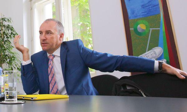 Der Konsumgüterund Marketing- Profi Robert Chvatal hat Sazka in die Gewinnzone geführt. / Bild: (c) Guenther PEROUTKA / WirtschaftsBlatt / picturedesk.com (Guenther PEROUTKA)
