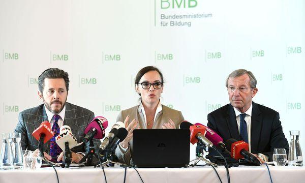 PRÄSENTATION SCHULAUTONOMIEPAKET: MAHRER/HAMMERSCHMID/HASLAUER / Bild: APA/HELMUT FOHRINGER