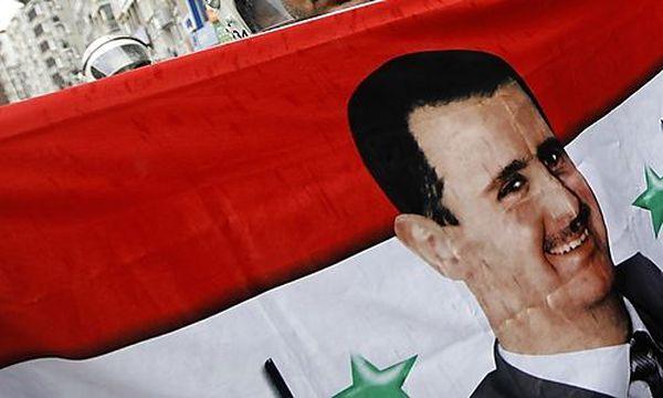 Das Konterfei des Präsidenten bei einer Demonstration / Bild: (c) REUTERS (Murad Sezer)