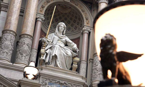 Symbolbild: Justitia / Bild: (c) APA/HERBERT PFARRHOFER