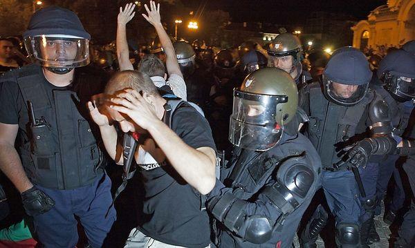 Zusammenstöße in Sofia / Bild: REUTERS